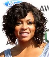 short curly black hairstyle for round face by rpgshow.com