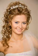 black and short hairstyles for brides with crown and veil OVw4WBVJ