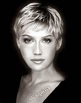 Short Hairstyles Over 40 2014