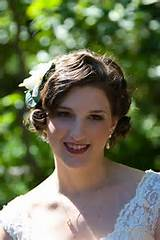 bunch of wonderful wedding hair styles for ladies with shorter hair