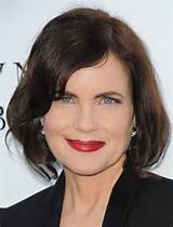 2014 Elizabeth McGovern's Short Hairstyles: Women Over 40+ Haircut