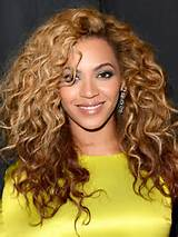 Beyonce Knowles Big Curly Hairstyle