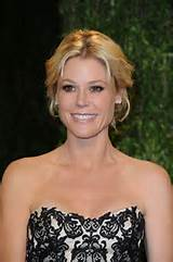 Julie Bowen Hairstyles with Bangs