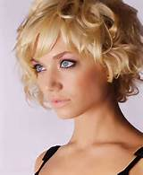 Pictures gallery of Short Classy Hairstyles for Women