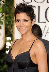 catwoman halle berry haircut. halle berry catwoman hairstyle