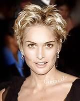 short hairstyles for women over 40 with round faces - hairstyle for ...