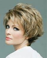 25 Popular Short Hairstyles For Women Over 50