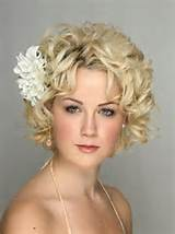 Bridal Hairstyles for Short Hair for Summer Wedding