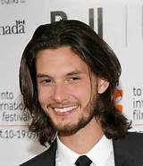 Men's long hairstyle trends