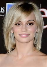 Short Bob Hairstyles With Side Swept Bangs