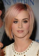Katy Perry Short Hairstyle: Sleek Pink Bob Cut /Getty Images
