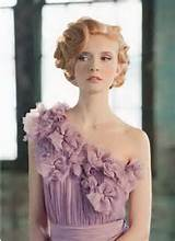 ... can easily carry classy hairstyles with the short and trendy haircuts