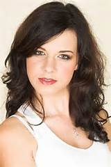 Side swept bang hairstyles also work for wavy and curly hair . It ...