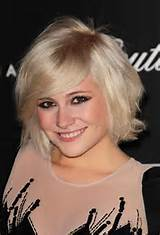 New Blonde Bob Hairstyles with Medium Hair and Side Swept Bangs Hair ...