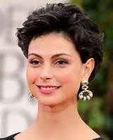 Best Short Haircut For Round Face Ronvegqe: Short Hairstyles For Round ...