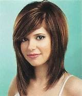medium bob hairstyles with side swept bangs 600x704px