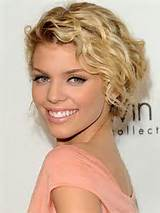 elegant short curly hairstyles for women 2 150x150 Short Curly ...