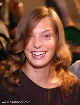 Curls For Ace Symmetrical Hair Cut Pictures Of Leisure How To